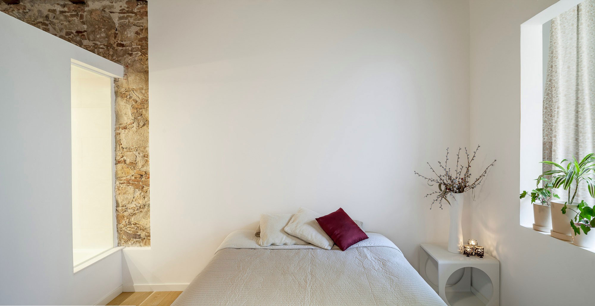 Renovation-Apartment-in-Les-Corts-bedroom