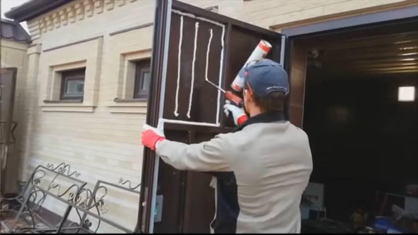 Утепление металлической входной двери своими руками.